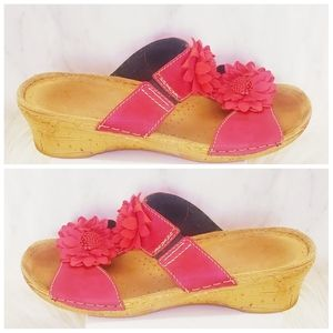 Red Floral Italian Wedges 39 USA 8 Sandals Shoes